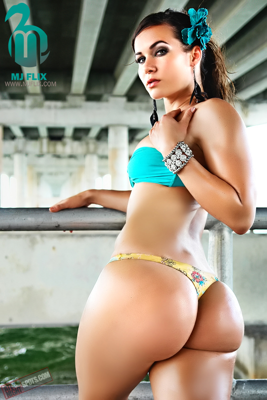 Pawg Of The Year http://www.qbn.com/topics/569349/3302360/